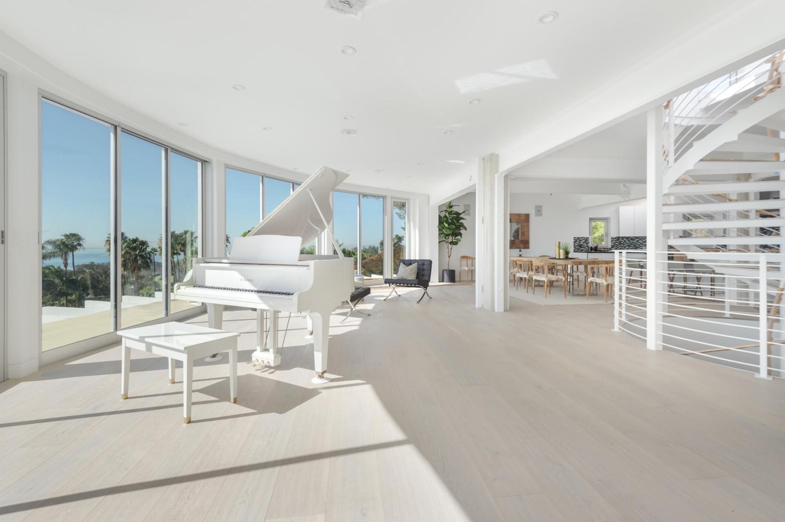 002 Living Room Piano 6375 Gayton Place Malibu For Sale Lease The Malibu Life Team Luxury Real Estate