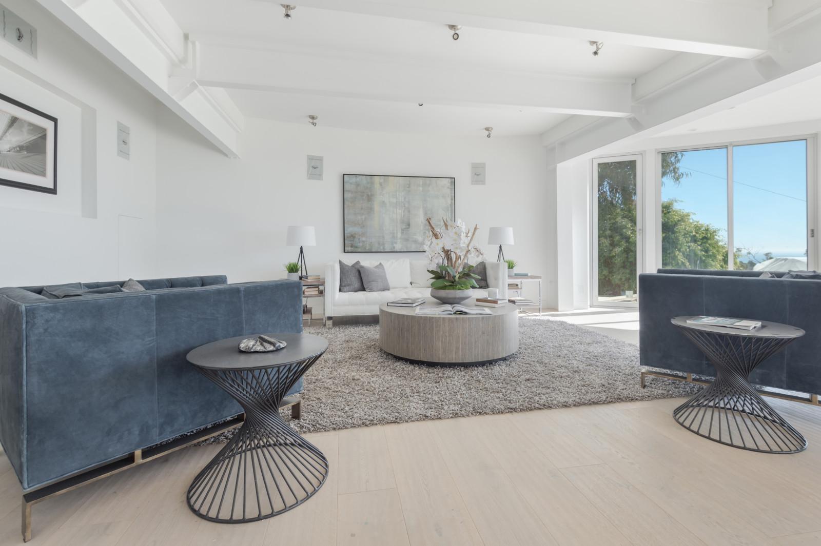 007 Living Room 6375 Gayton Place Malibu For Sale Lease The Malibu Life Team Luxury Real Estate